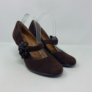Sofft Brown Suede Mary Jane Flower Heels Wmns 11